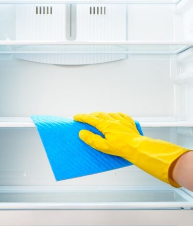 Start 2020 with a clean fridge and intention to keep it that way while wasting less food and saving money